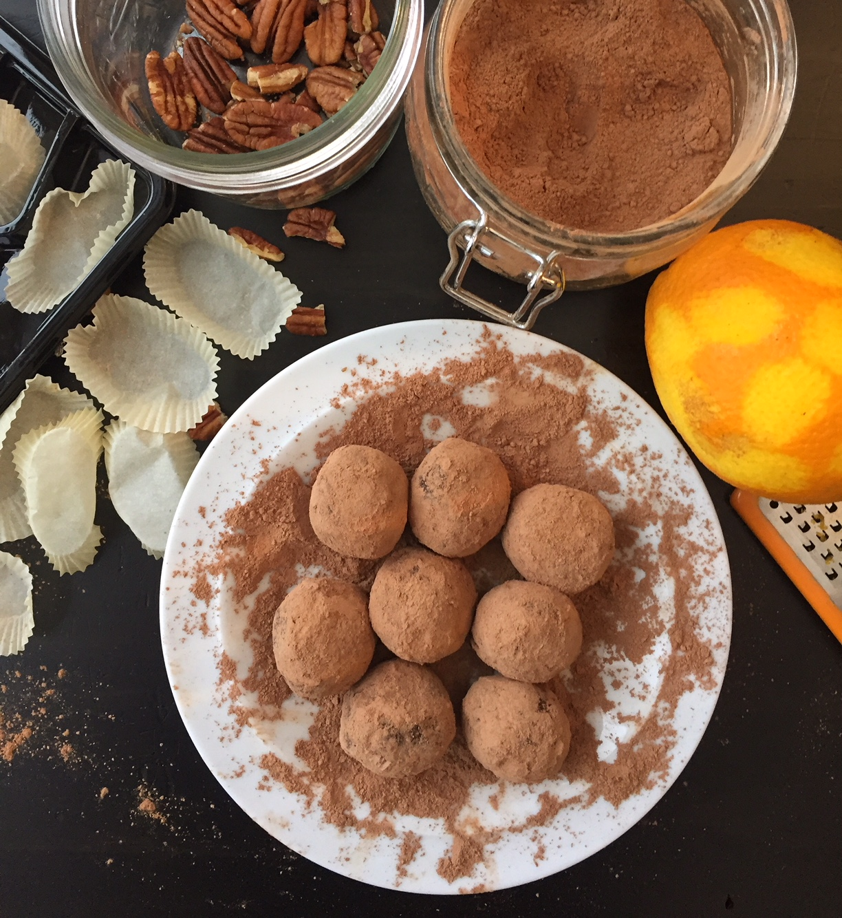 Chocolate Cacao Date Truffles